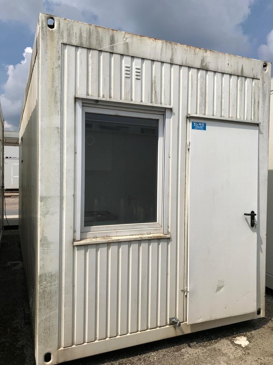 1 module sanitaire cuisinette d'occasion EUROMODULES de 6 x 2,5m 3